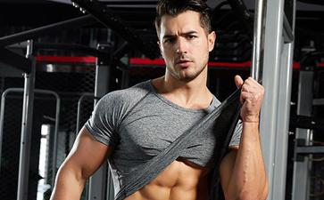健身房服装定制_健身房穿什么衣服好?